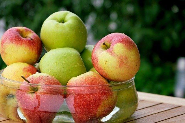 apple-5651183_640